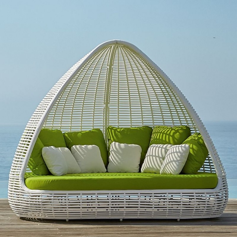 Shade Daybed Quot White Mushroom Quot Occasionals Collection